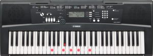 Yamaha Digital Keyboard EZ-2020 con funzioni di apprendimento